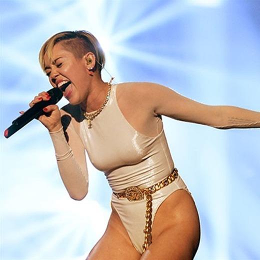 Miley Cyrus vuelve al N°1