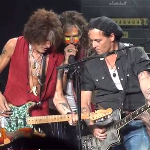 Aerosmith tocó en vivo junto a Johnny Depp