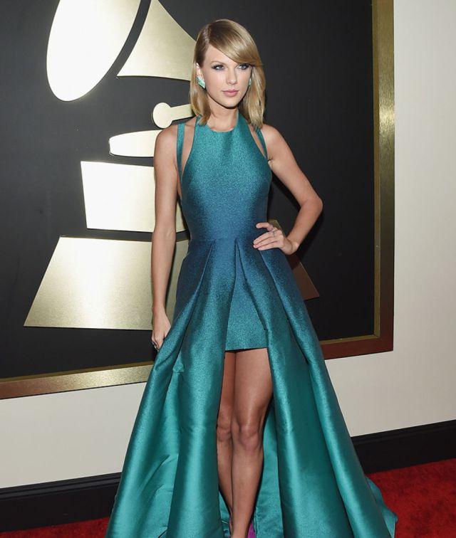 ¿Por cuantó aseguró sus piernas Taylor Swift?