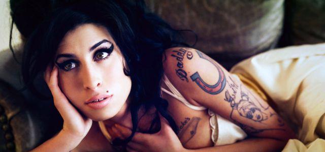 Se viene la biopic de Amy Winehouse