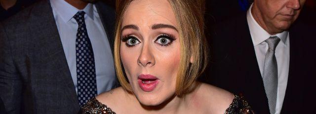 Adele a cara lavada