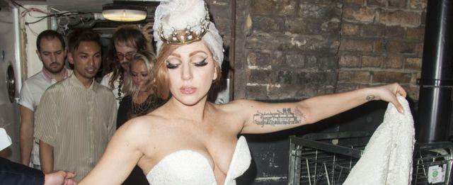¿Lady Gaga se operó la nariz?