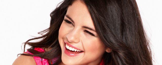 ¡Volvió a aparecer en público Selena Gómez!