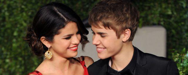 Justin Bieber y su ayuda a Selena Gómez