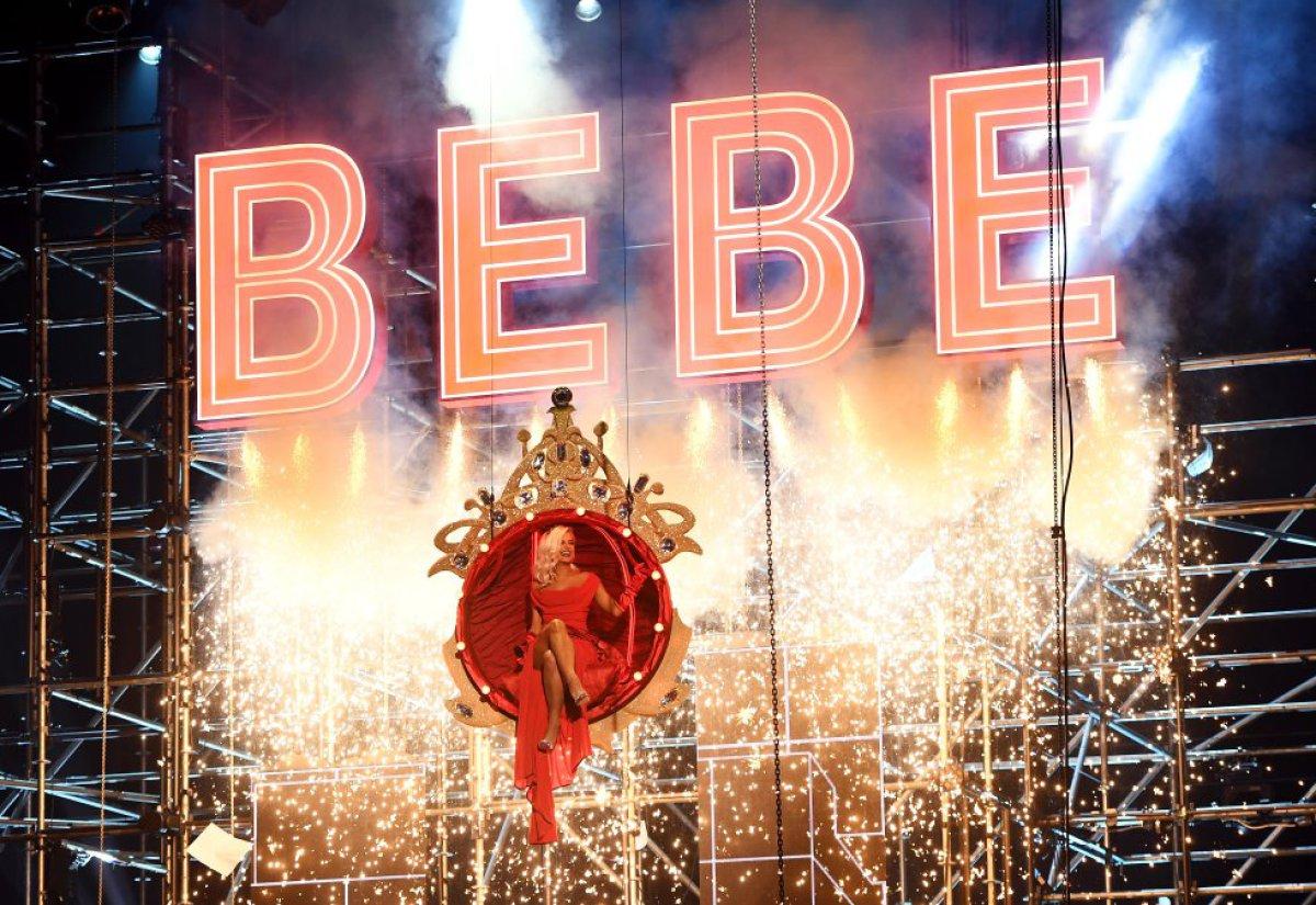 Bebe Rexah estuvo al mando de la conducción de los MTV EMAs