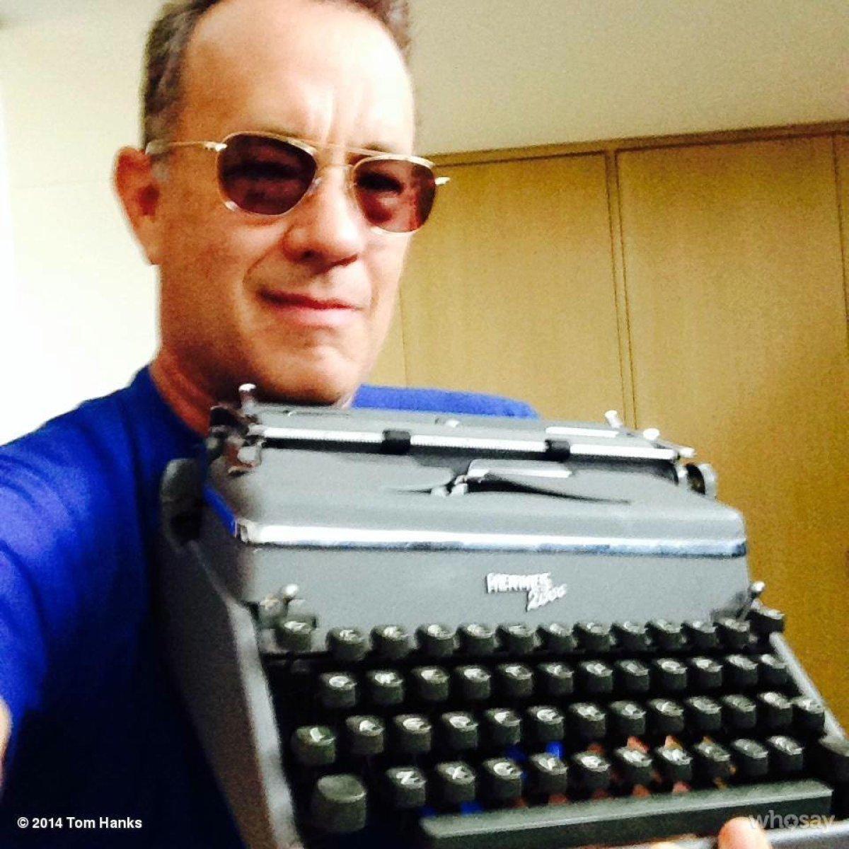 Tom Hanks tiene una colección de más de 30 máquinas de escribir antiguas