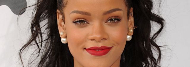 ¿Por qué criticaron esta foto de Rihanna?