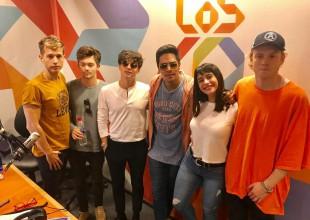 La banda visitó a Juani Martínez.